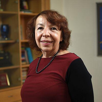 izv. prof. dr. Leopoldina Bregar