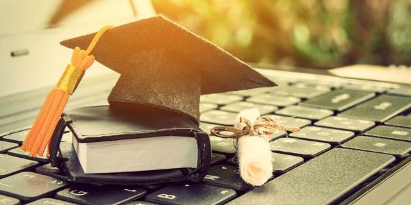 Korona kriza: digitalna revolucija u visokom školstvu u svijetu